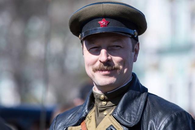 Депутат Коровин: фанат оружия и защитник отечества: Фото