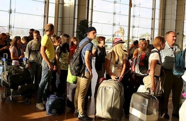 Около 200 петербуржцев перелетели из Египта в Турцию