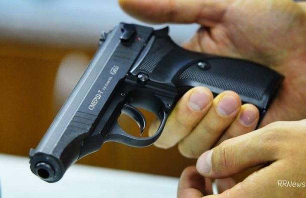 Стали известны подробности, как ребенок выстрелил из пистолета себе в голову