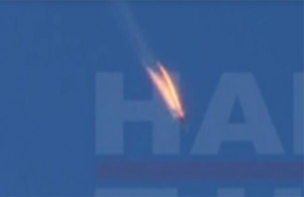 Истребитель разбился в Сирии на границе с Турцией