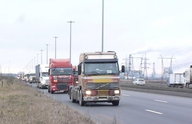 Дальнобойщики едут на Москву разными дорогами