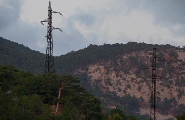 Крым начал получать электричество по энергомосту из Кубани