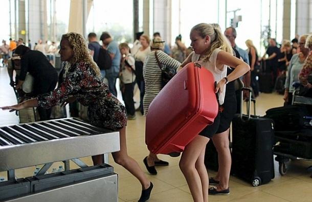 Около 15 тысяч туристов вывезли из Египта в Россию за выходные