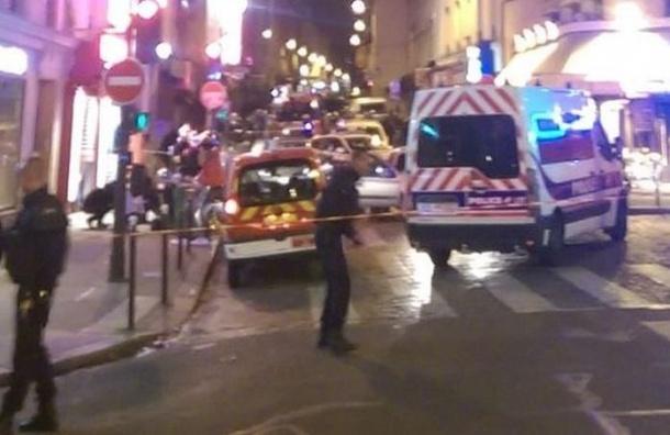 «Мы живем в беззащитном мире»: реакция российских политиков на теракты во Франции