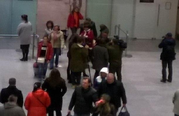 Почти 700 туристов эвакуировали из Египта в Петербург