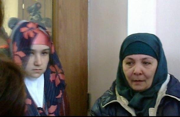 Городской суд Петербурга принял решение о выдворении матери Умарали Назарова