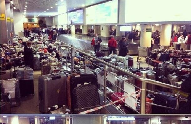 Почти 700 тонн багажа туристов из Египта доставлено в Россию