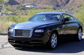 Rolls-Royce за 17 млн рублей угнали в Петербурге