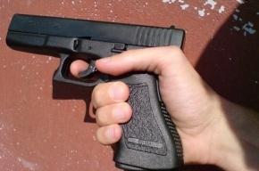 Полиция Петербурга выясняет, кто застрелил мужчину в 26 отделе полиции