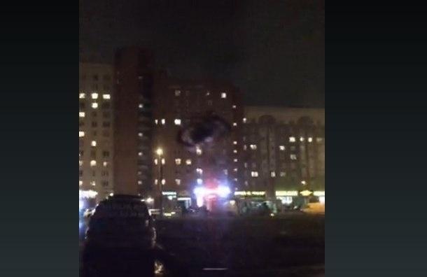 Машину петербурженки обстреляли из травмата