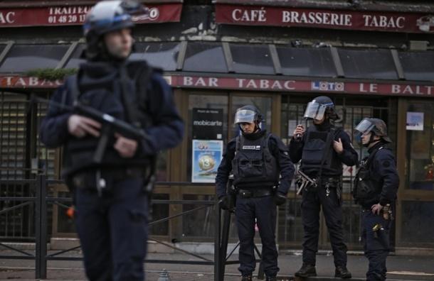 Смертница все-таки успела привести бомбу в действие в Сен-Дени
