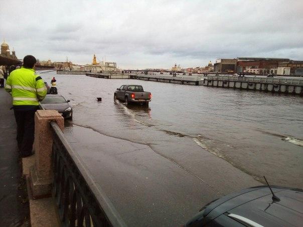 Потоп в Петербурге 7 декабря: Фото