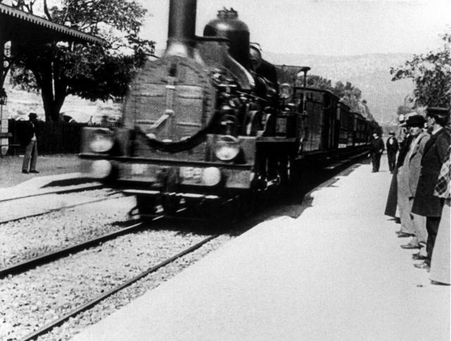 _Кадр из фильма Поезд