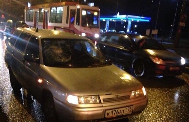 Пьяный водитель давил подростков на проспекте Науки