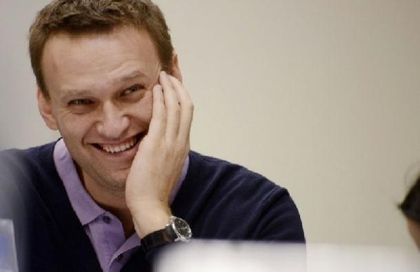 Навальный будет судиться с Чайкой