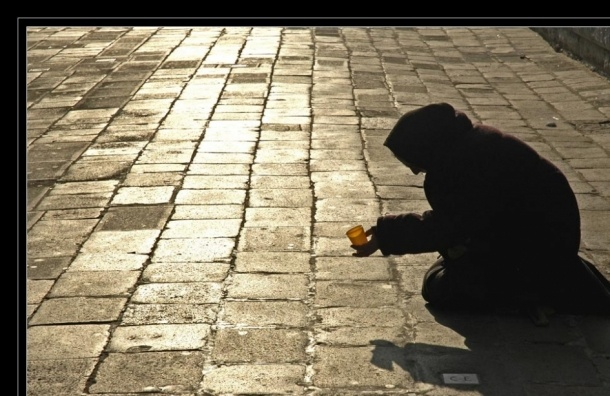 Прогноз на 2016 год: Минимум треть россиян может стать бедными