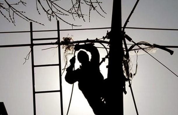 Больше 3 тысяч человек остались без света в Гатчинском районе
