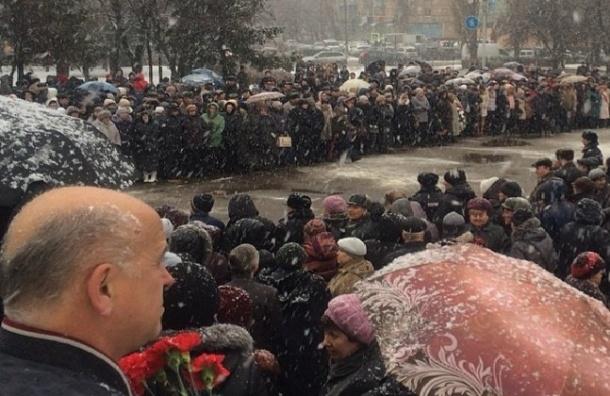 Летчик Су-24 Олег Пешков похоронен в Липецке