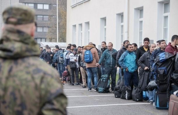 Мигрант устроил поножовщину в центре приема беженцев в Финляндии