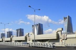 Дамбу в Петербурге закрыли из-за шторма