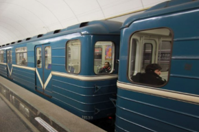 Переход между «Спасской» и «Сенной» перекрыли из-за бесхозного предмета