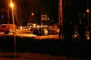 Два автомобиля загорелись в Павловске