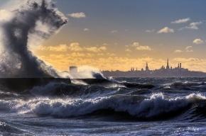Ветер, мокрый снег и гололед сохранятся в Петербурге до утра воскресенья