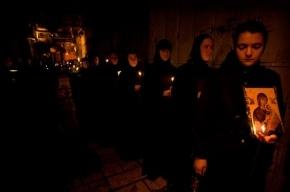 Монахиню ограбили двое мужчин в Тихвине