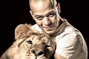 Дрессировщик «Принц Египта» сбежал от УФМС за пару дней до своего выступления