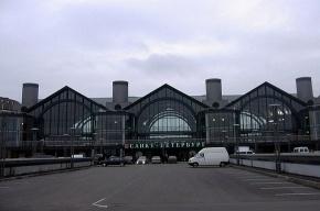Около ста человек эвакуировали из Ладожского вокзала после звонка о бомбе