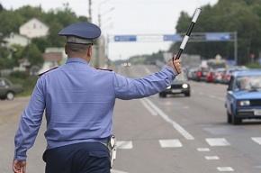 Водителя с напечатанными на принтере правами поймали на Невском