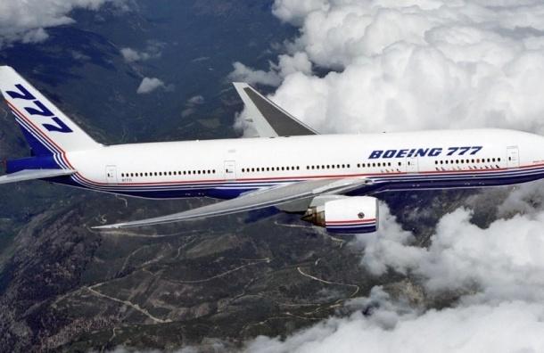 Французский самолет экстренно сел в Монреале из-за угрозы взрыва