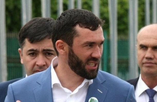 Спикер парламента Чечни хочет призвать к ответу либералов с «Дождя» и «Эха Москвы»