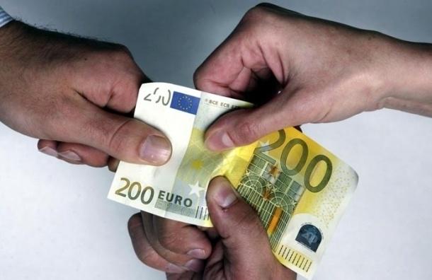 Главу полиции Эстонии обвинили в коррупции: купил сапоги за €140