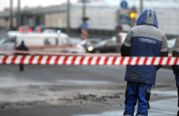 Из-за дефекта трубопровода мерзнут 17 домов в Колпино