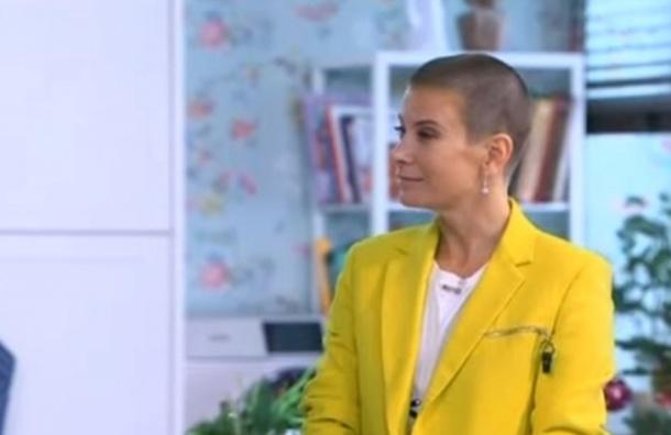 Юлия Высоцкая на лысо подстриглась: Зачем?