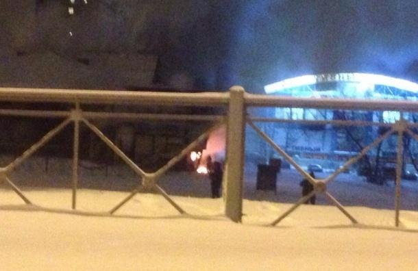 Пожарные потушили горевший ресторан «Серебряный век» на Светлановском проспекте