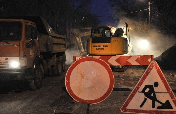 Два дома на Большевиков остались без тепла из-за коммунальной аварии