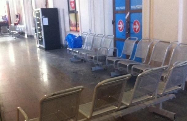 Пассажиры: Балтийский вокзал эвакуируют
