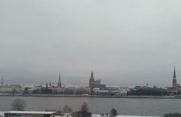 Власти Риги вводят «снежные билеты» для автомобилистов