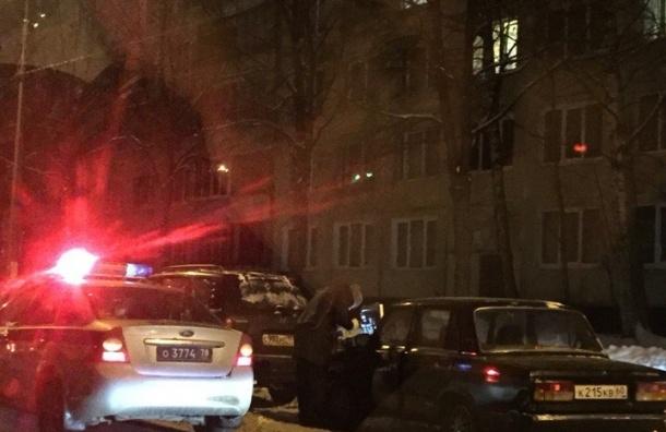 Прохожие с поличным поймали угонщика на улице Руднева