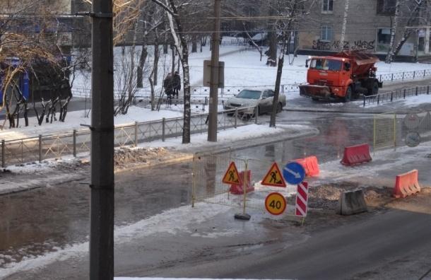Жителям Якорной отправили цистерну с водой от Водоканала