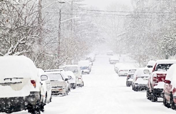 Снегопад в Петербурге будет продолжаться всю ночь