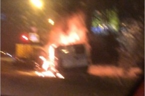 Инкассаторский броневик сгорел на Пискаревском проспекте