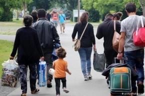 Берлин опроверг слухи о жестоком изнасиловании беженцами русской девочки