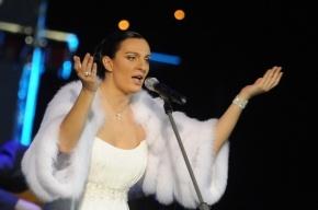 Ваенга перенесла концерт в Петербурге из-за болезни