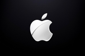 Apple массово отзывает свои зарядки из-за ударов током