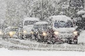 Инспекторы ГИБДД вышли на усиленное патрулирование из-за снегопада