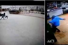 Женщина жестоко избила своего малолетнего сына в магазине