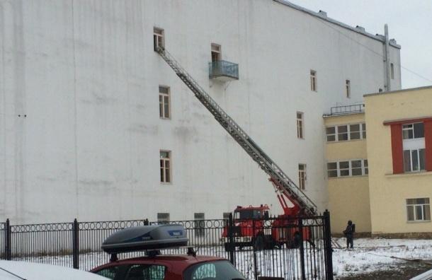 Реставрационные мастерские горели в центре Петербурга